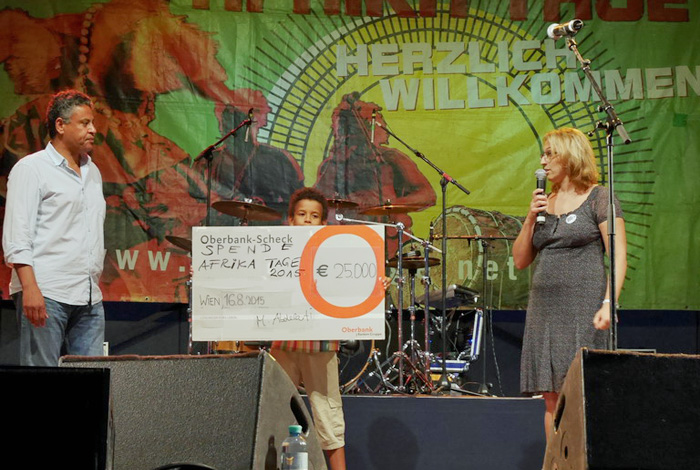 2015 Afrika Tage Wien spenden 25.000,-